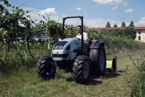 lamborghini_traktor_grapes1